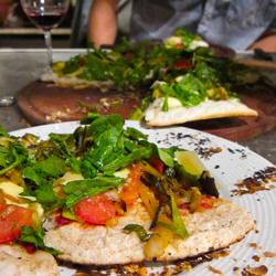 Grilled Pizza, Altos Las Hormigas, Malbec y Tapas, Mendoza