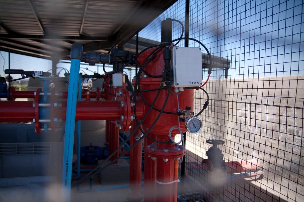 Drip Irrigation, Bodega Altos Las Hormigas, Mendoza, Argentina